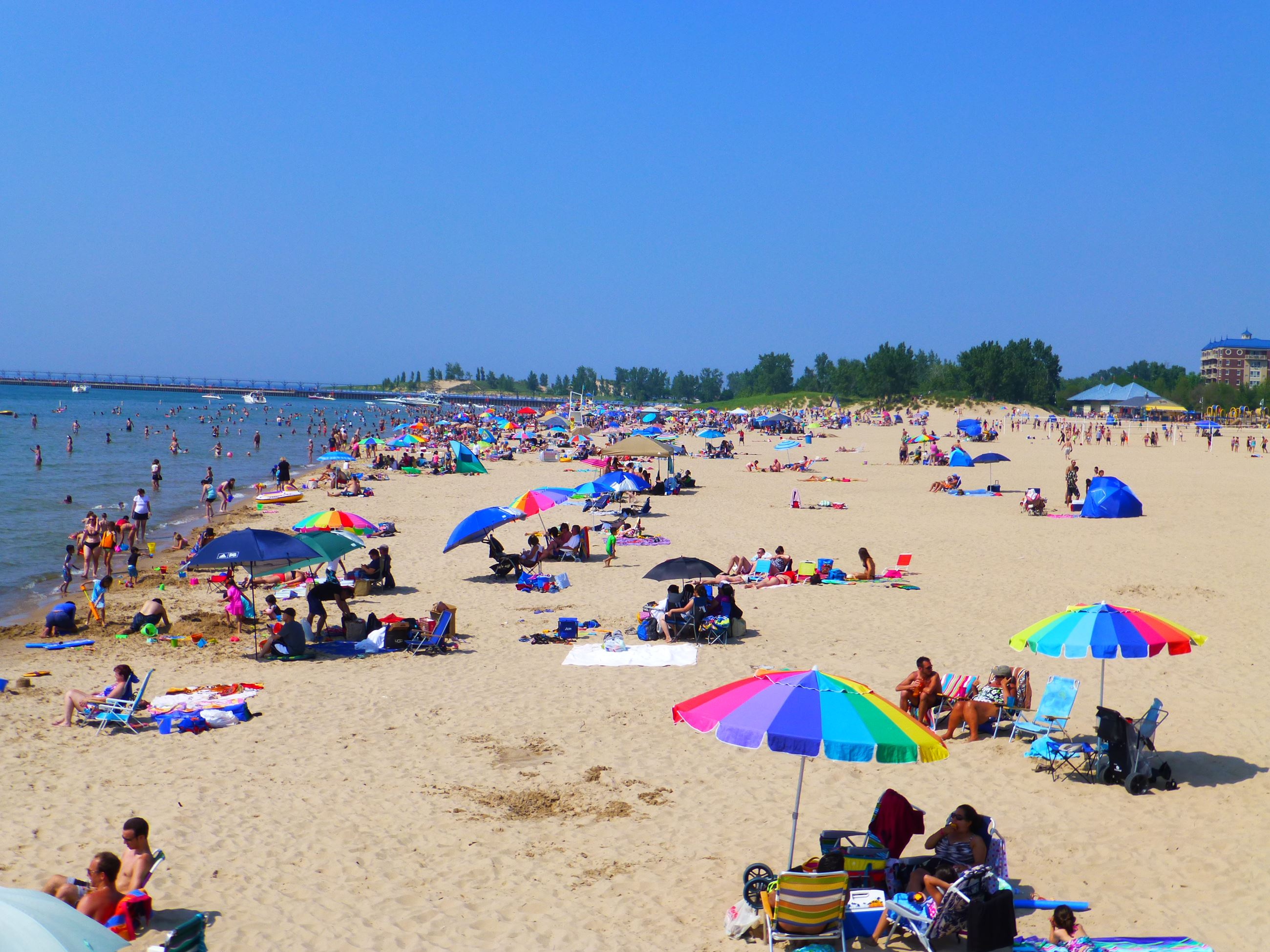 Places To Stay In St Joseph Michigan >> Silver Beach County Park Berrien County Mi